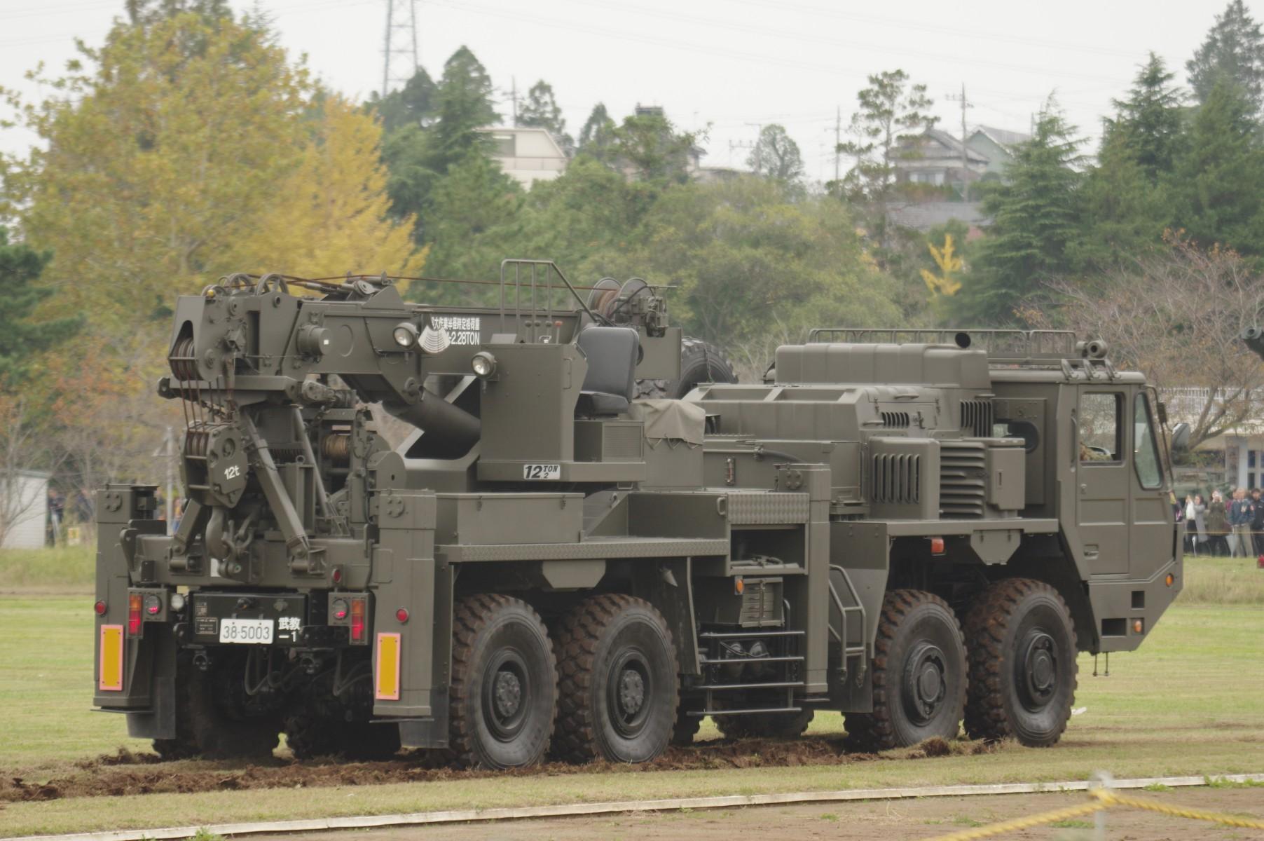 重装輪回収車|装甲車整備・後方支援|陸上自衛隊装備品|陸自調査団